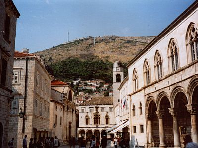 Dubrovnik: Rector's palace (on the right) and Mt Srđ