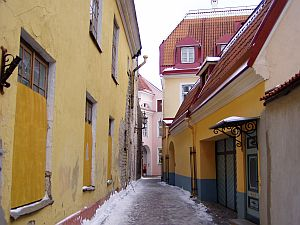 Tallinn: One of the small alleys on Toompea