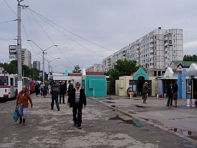 Balti: The main boulevard and residential area near the bus station