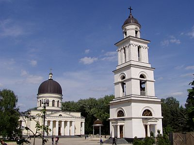 Chisinau: The small but fine Orthodox Cathedral