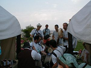 Romanian musicians performing on Castle Hill
